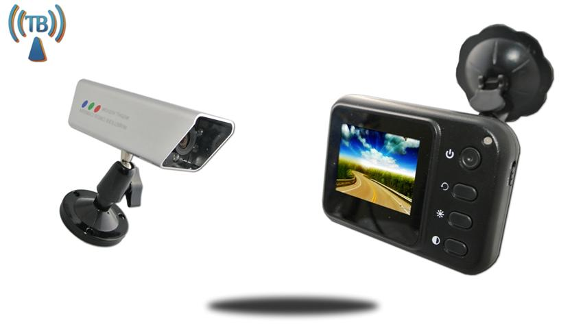 2.5-Inch Monitor and 120° Wireless Magnet Backup Camera SKU-81898